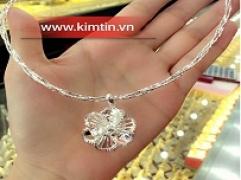 Kim Tín ra mắt Bộ sưu tập trang sức: Rực rỡ dưới nắng hè