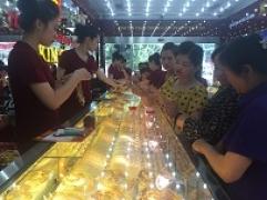 Thông tin thị trường vàng sáng 14.9.2017: Giá vàng tiếp tục giảm
