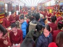 """Thời điểm 16h: Lượng khách giao dịch vẫn chưa ngừng """"giảm nhiệt"""" tại Kim Tín"""