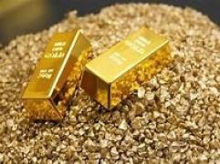 Vàng thế giới giảm sốc trước áp lực chốt lời của đồng USD