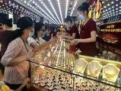 Bản tin thị trường vàng sáng 12/10: Giá vàng trong nước trụ vững mức cao